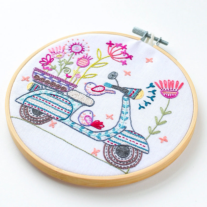 French Hand Embroidery Kit - Scotter Ride