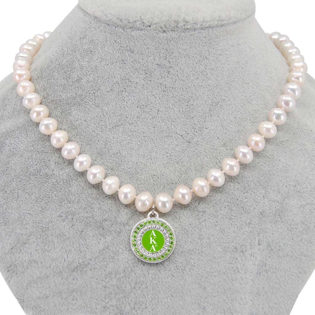 AKA Green Round Charm Pearl Necklace