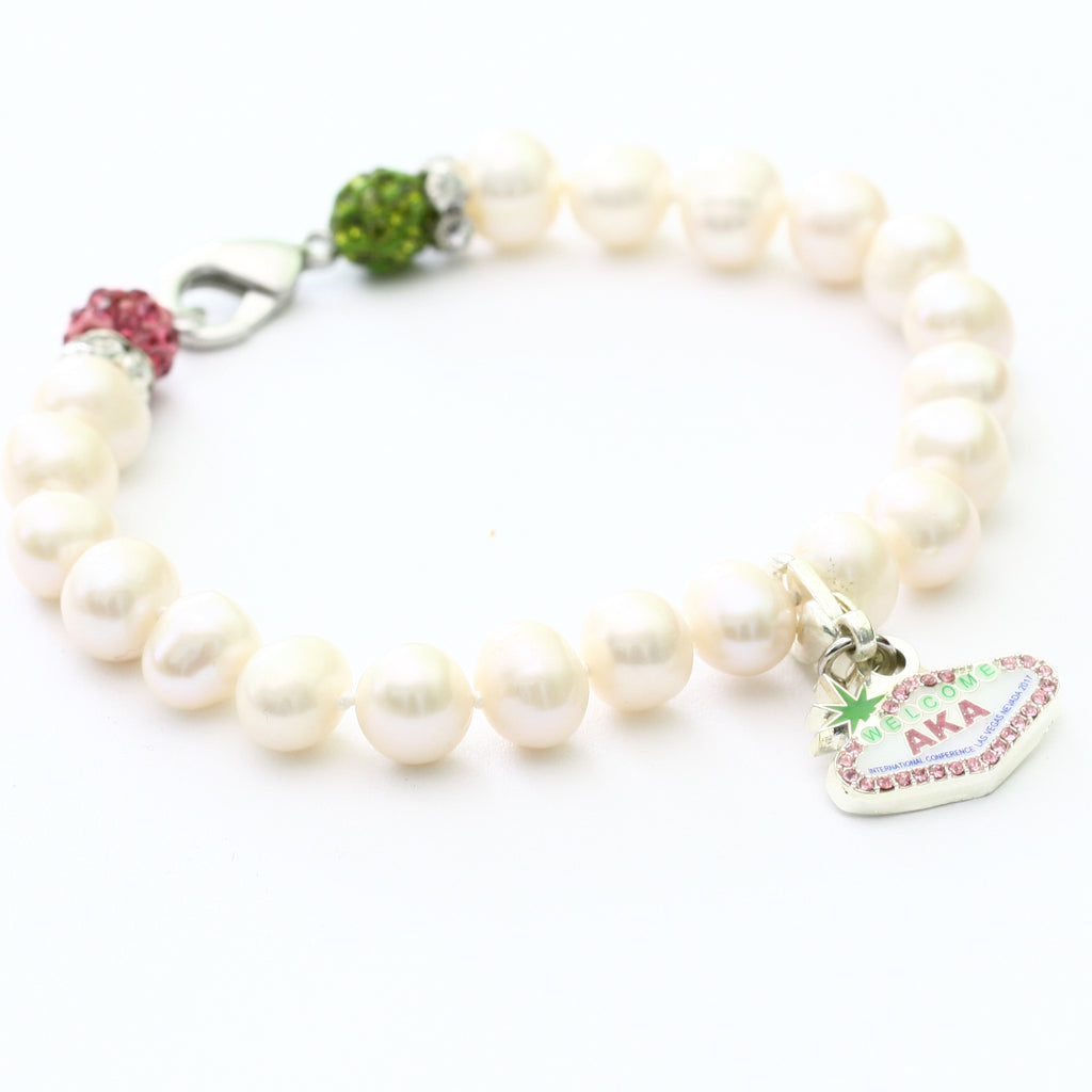 20 Pearl International Bracelet