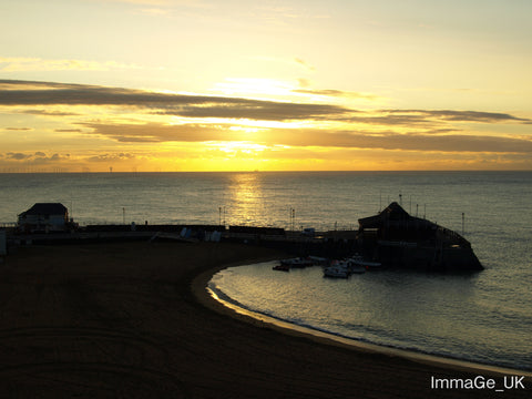 Overlooking the main beach in Broadstairs, Viking Bay