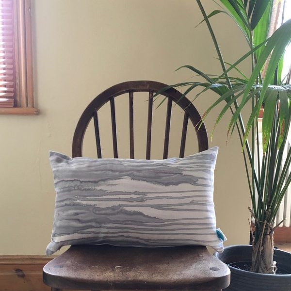 Ebb & Flow cushion - Waves
