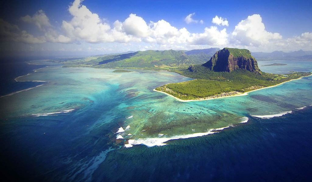 2017 Top Hot and Sandy Paradise Islands Destinations