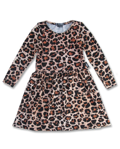 Robe leopard manches longues