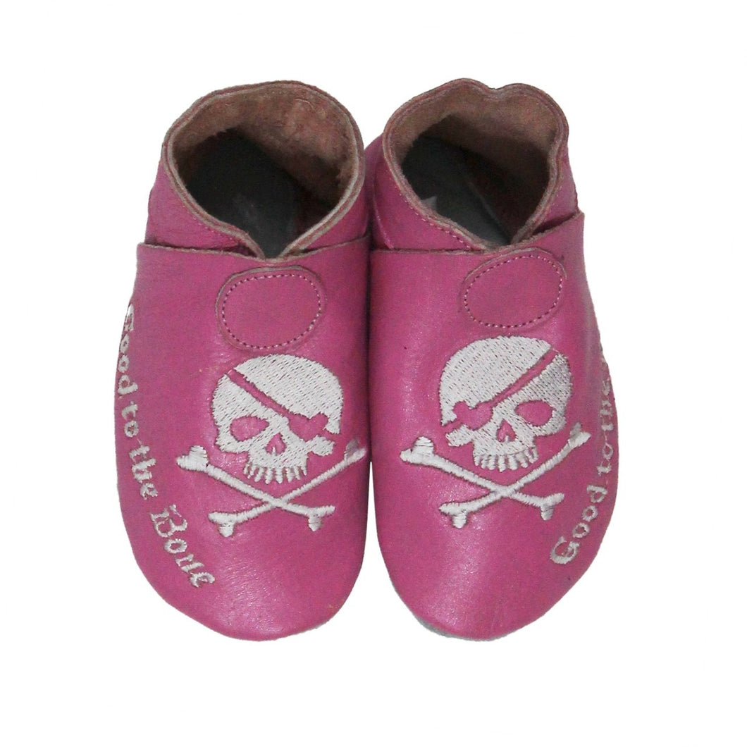 Chaussons skull noirs