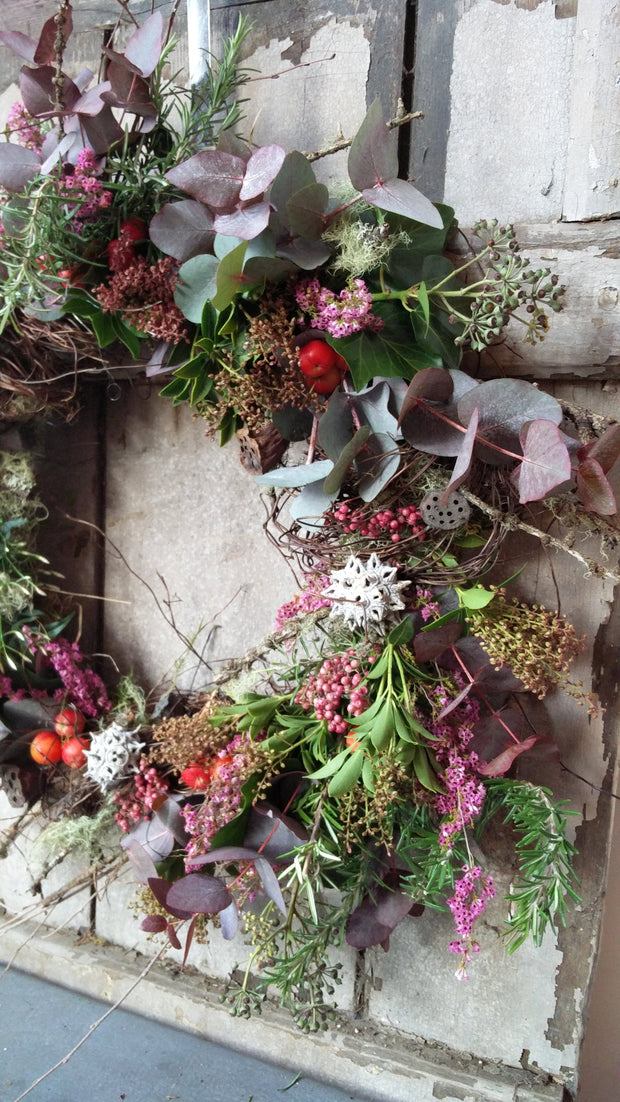 Wreaths with a twist - Christmas Workshop 10.30-12.30pm