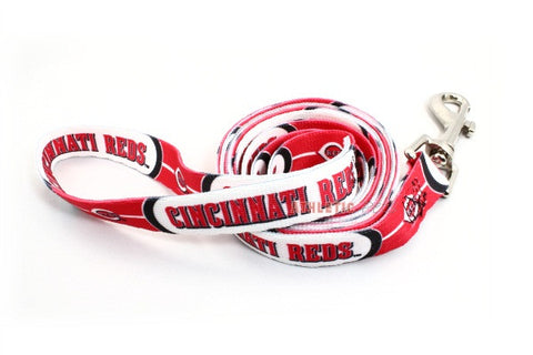Cincinnati Reds Dog Leash 2 (Discontinued)