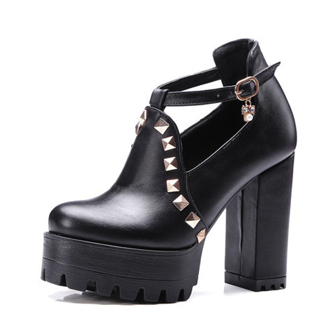 Goth Buckle Shoes - Gothic Avenue