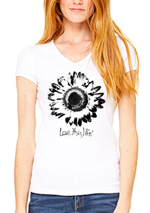 Love This Life Daisy S/S Tee Shirt In White