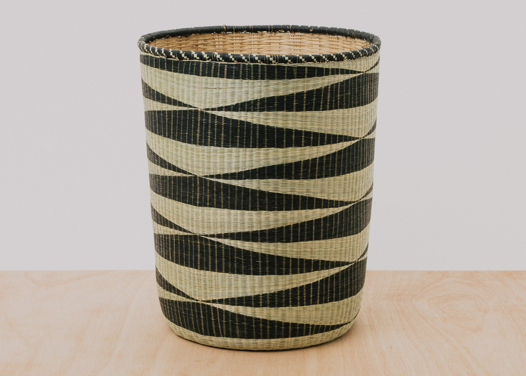 Huye Floor Basket I - KAZI - Artisan made high quality home decor and wall art