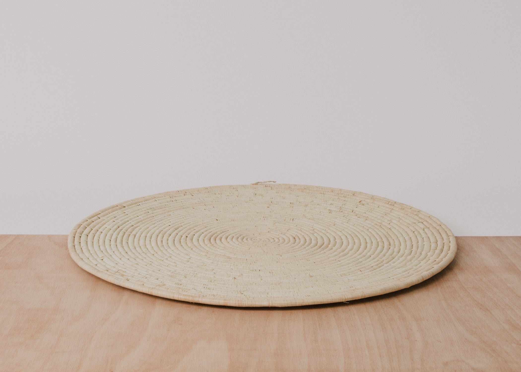 "29"" Natural Medium Raffia Disc - KAZI - Artisan made high quality home decor and wall art"
