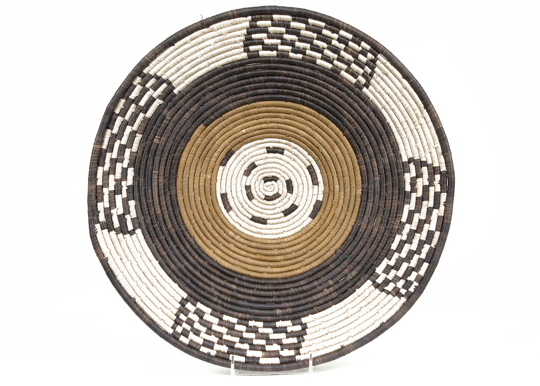 Ugandan Raffia Plate VI - KAZI - Artisan made high quality home decor and wall art