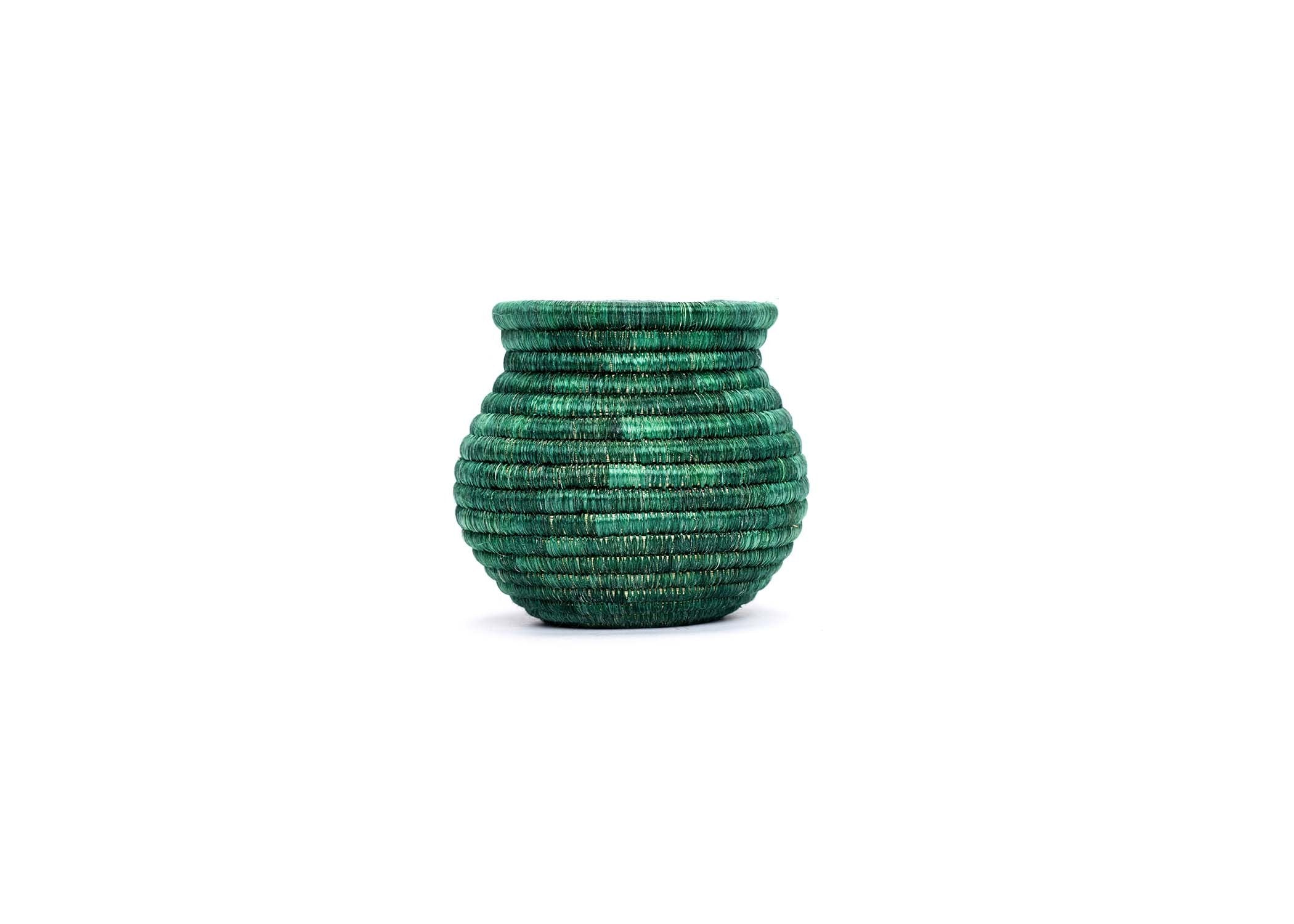 Ivy Atelier Vase 04 - KAZI - Artisan made high quality home decor and wall art