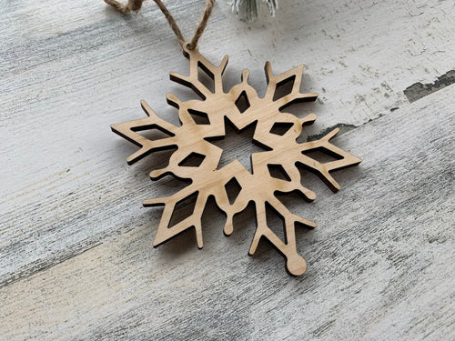 Wood Snowflake Christmas Tree Ornament Design 1  /  Christmas Snowflake Decoration  / Christmas Metal Sign  /  DIY Christmas Decor
