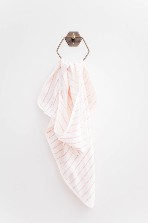 NOBU HOODED TOWEL - PINK