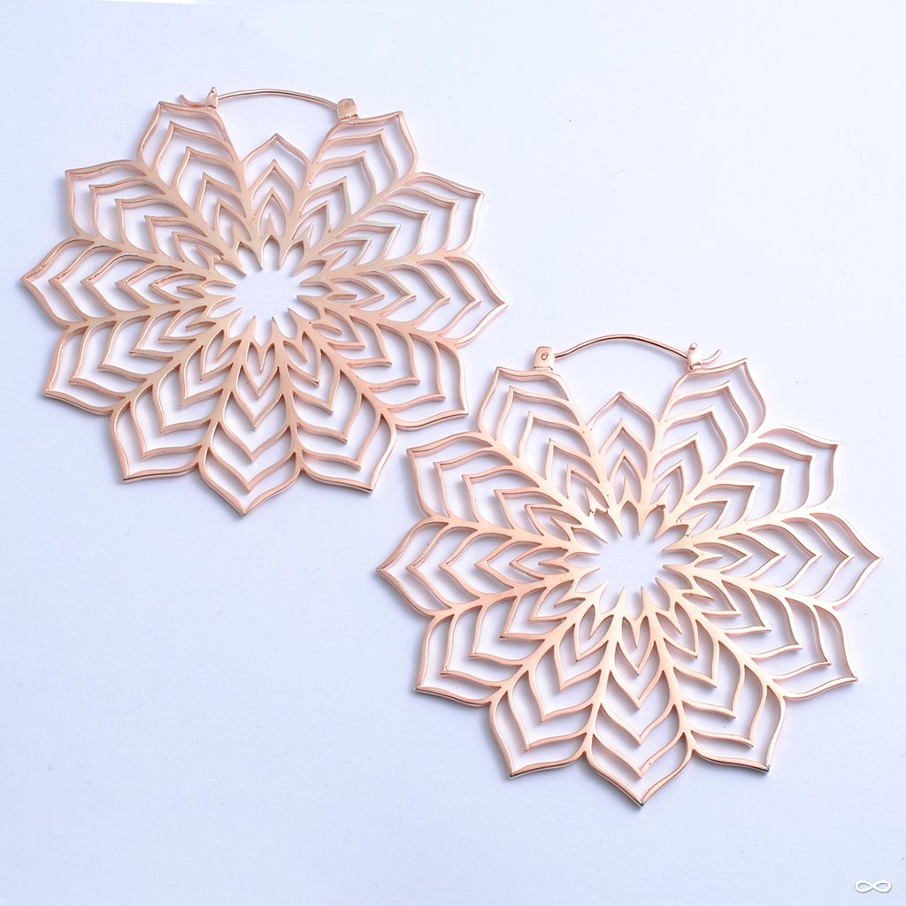 Houdini Earrings from Maya Jewelry in rose-gold-plated copper