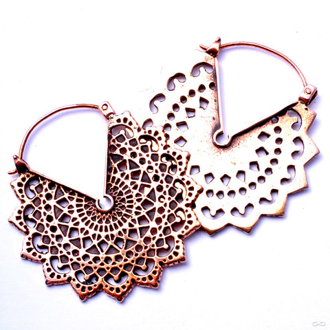 Majesty Black Earrings from Maya Jewelry in Copper