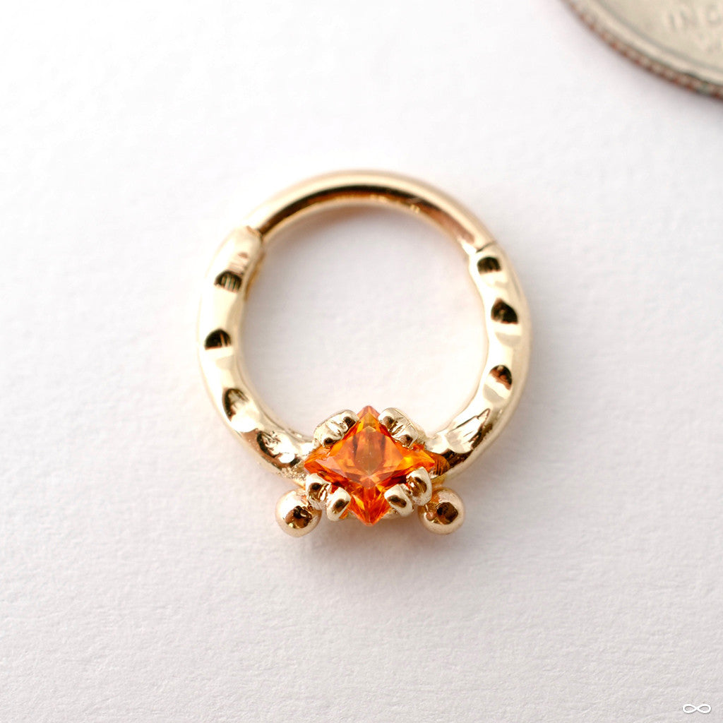 Princess-cut Gem Clicker in Hammered Yellow Gold from Scylla