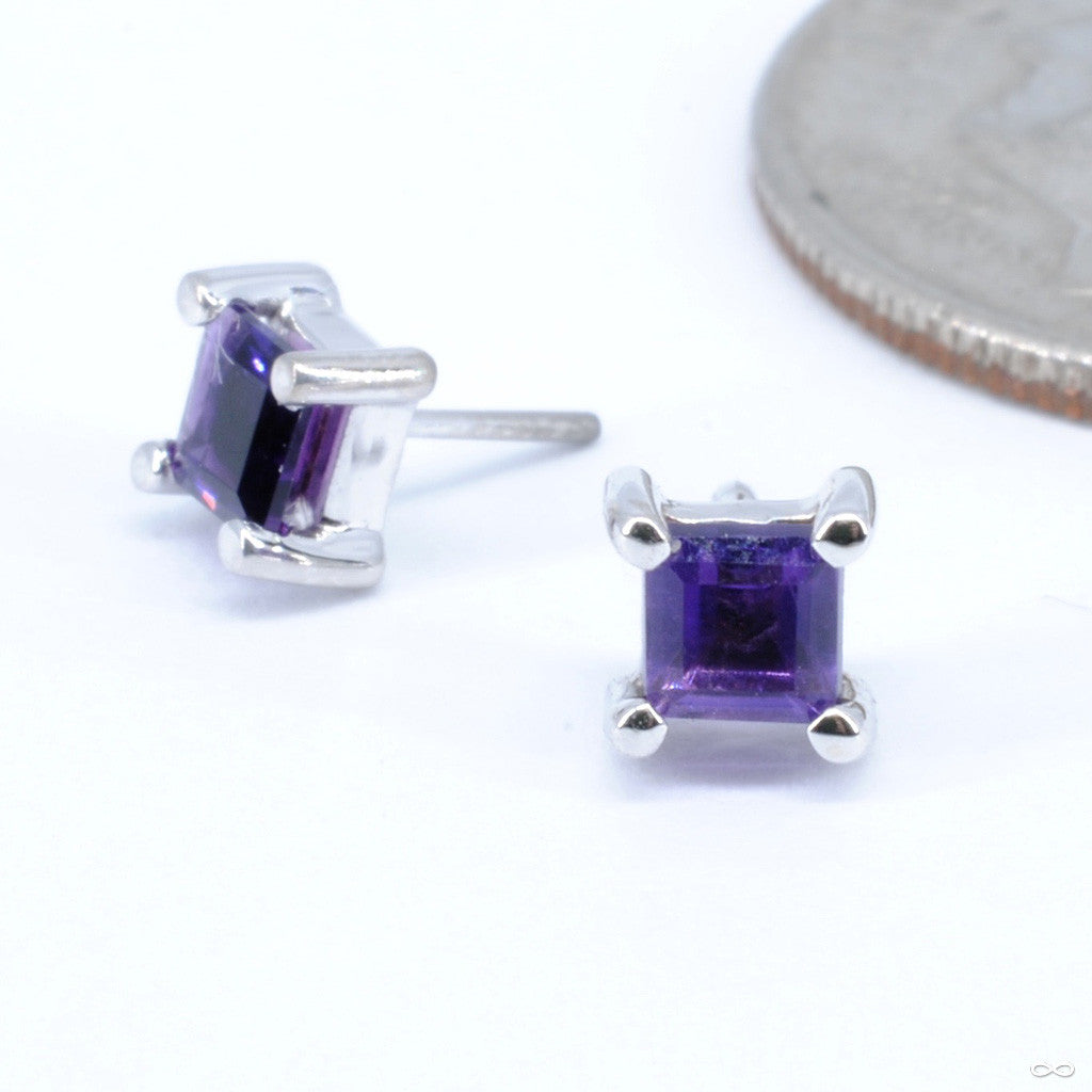 4-Prong Basket with Princess Cut Stone Press-fit End in Gold from BVLA with Amethyst