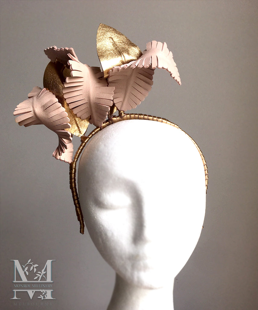 Tilly - Nude & Gold Leather Fascinator - MM291