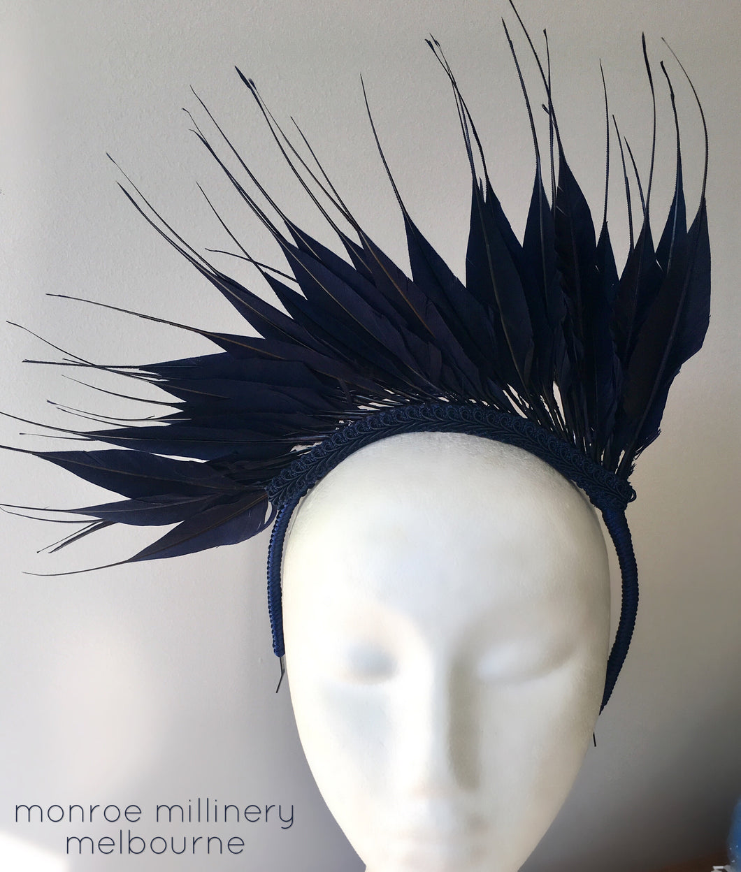 Feather Crown - Navy - MM202