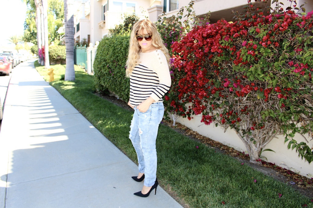 distressed jeans | black stilettos | queen bee fashion blog