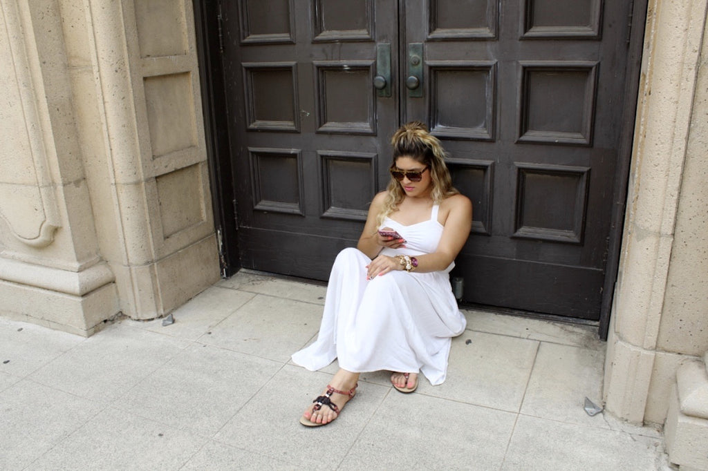 white flowy dress | fashion blogger