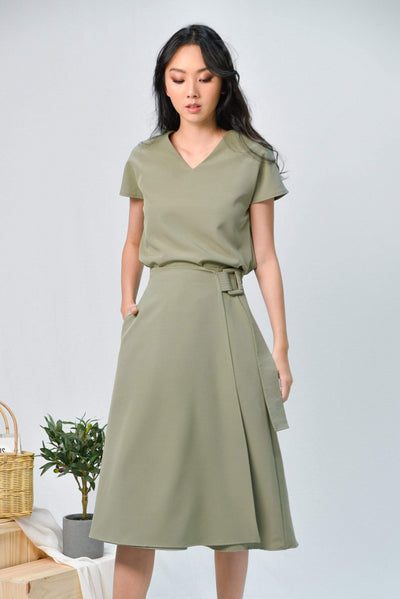 AWE Bottoms DAPHNE SAGE BUCKLE-SASH MIDI SKIRT