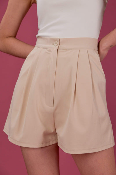 AWE Bottoms EVERYDAY PLEAT HIGH-WAIST SHORTS IN SAND