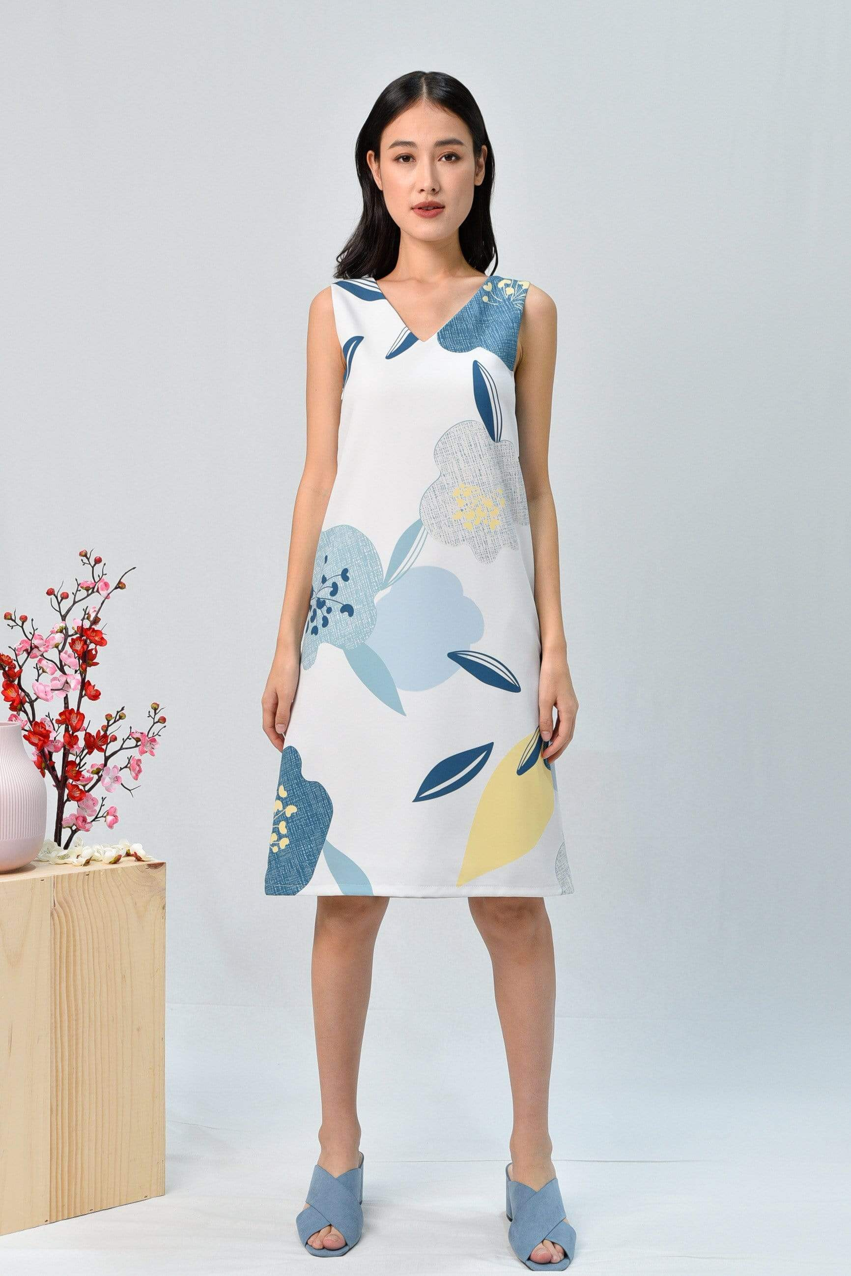 BLOOM TWO-WAY SHIFT DRESS IN OCEAN