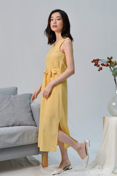 AWE Dresses BRYNN YELLOW V-NECK LINEN MIDI DRESS