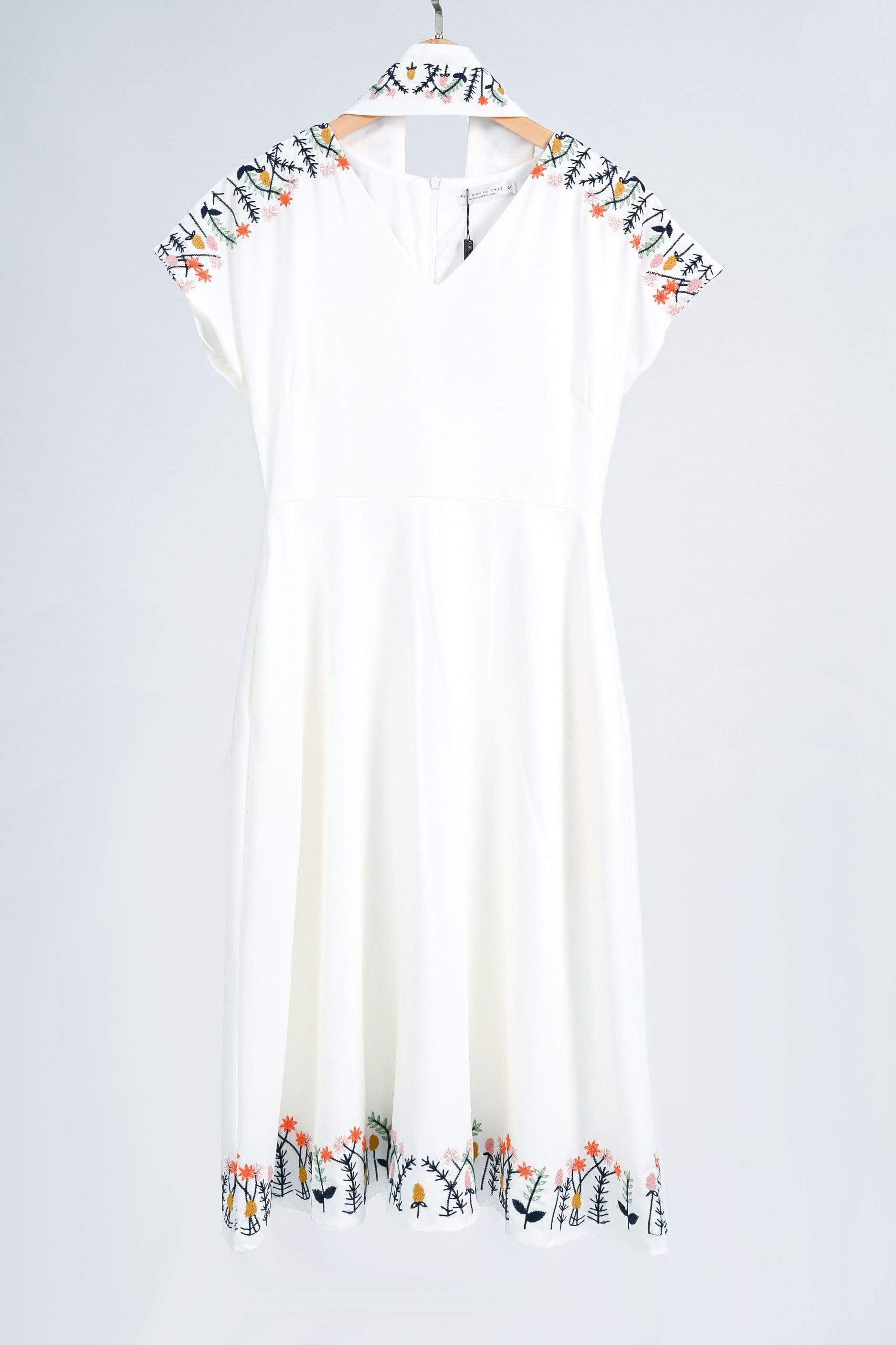 ELIA WHITE OBI-SASH SLEEVED EMBROIDERY DRESS