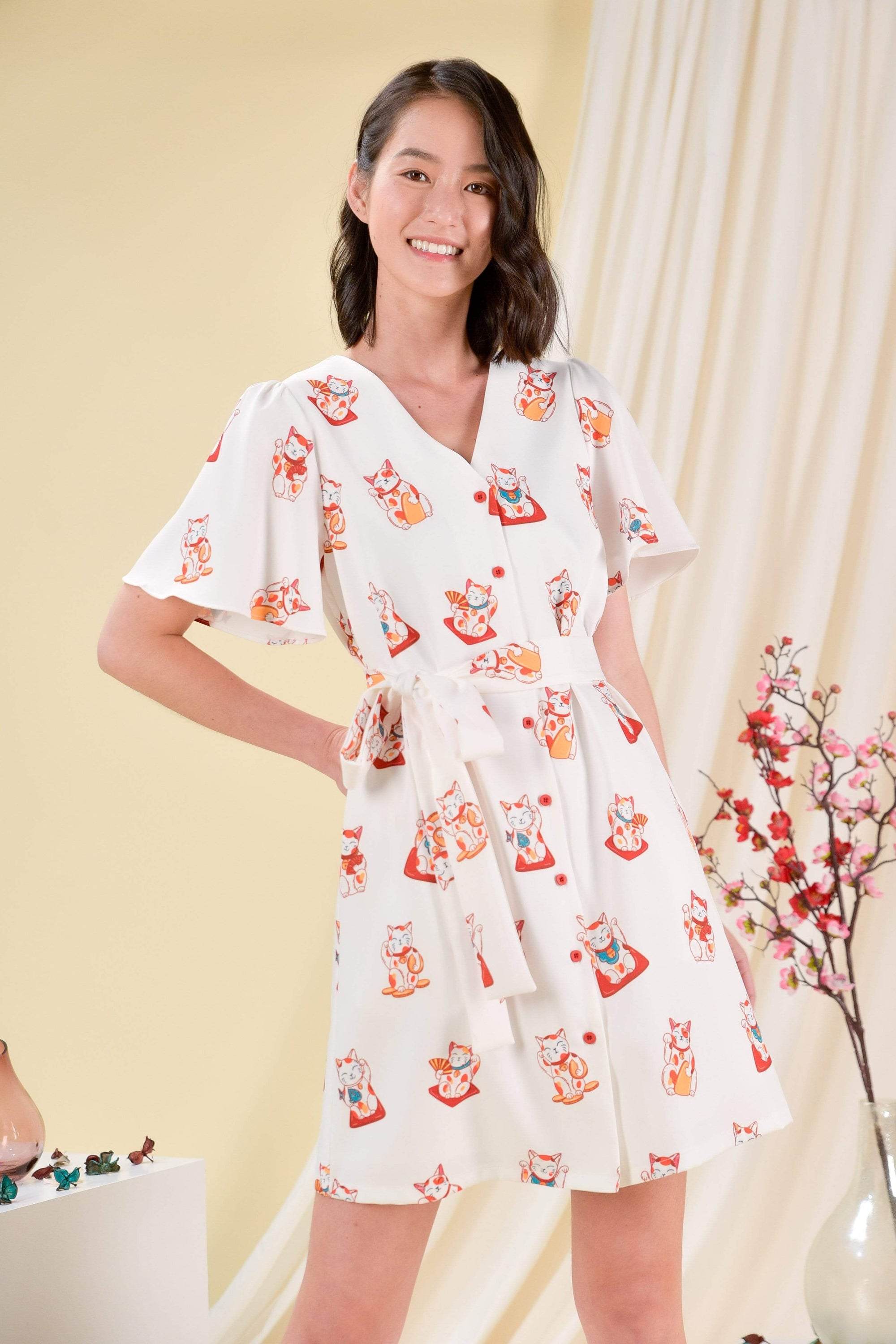 FORTUNE CAT SLEEVED DRESS