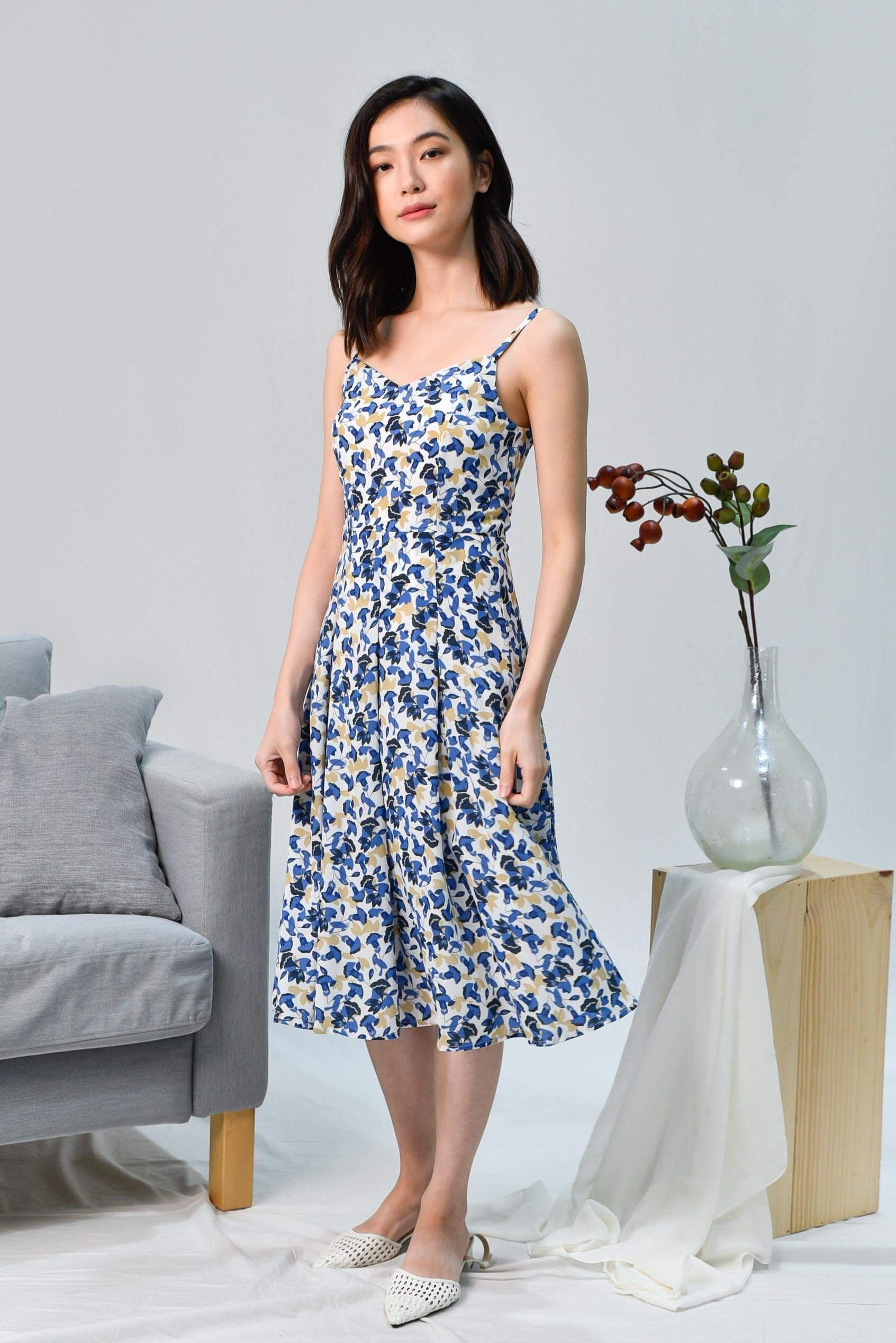 FRANCES BLUE FLORAL SPAG DRESS