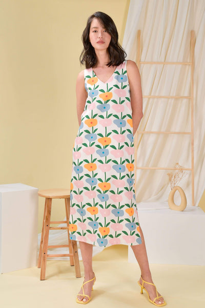 AWE Dresses HAPPY SLIT MIDI DRESS IN BLOSSOMS