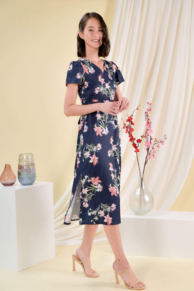 AWE Dresses JACE FLORAL SLEEVED DRESS IN NAVY