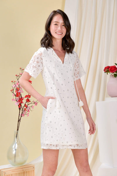 AWE Dresses ORGANZA TASSEL SLEEVED DRESS IN MONO