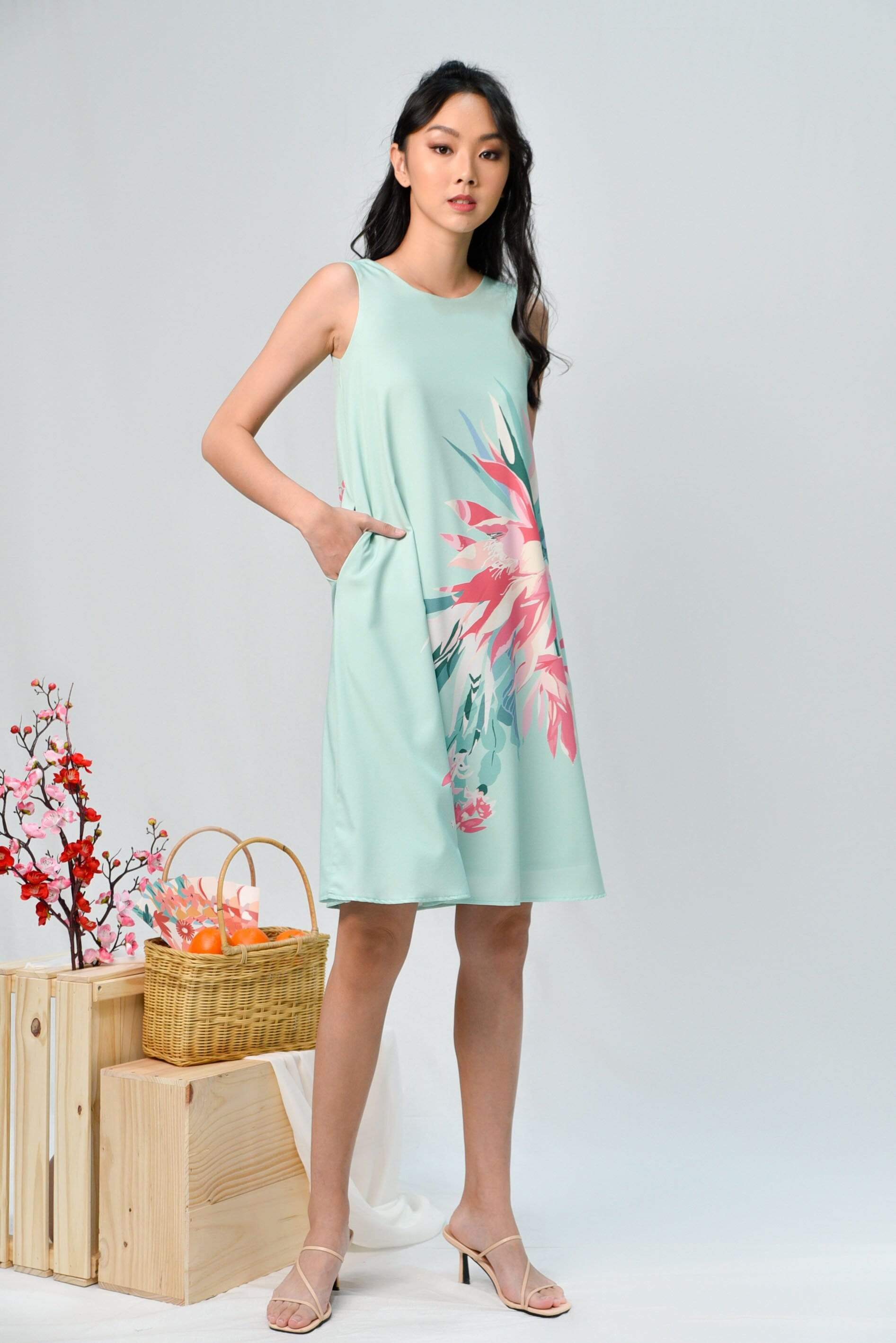SPRING TWO-WAY A-LINE DRESS IN FRESH MINT