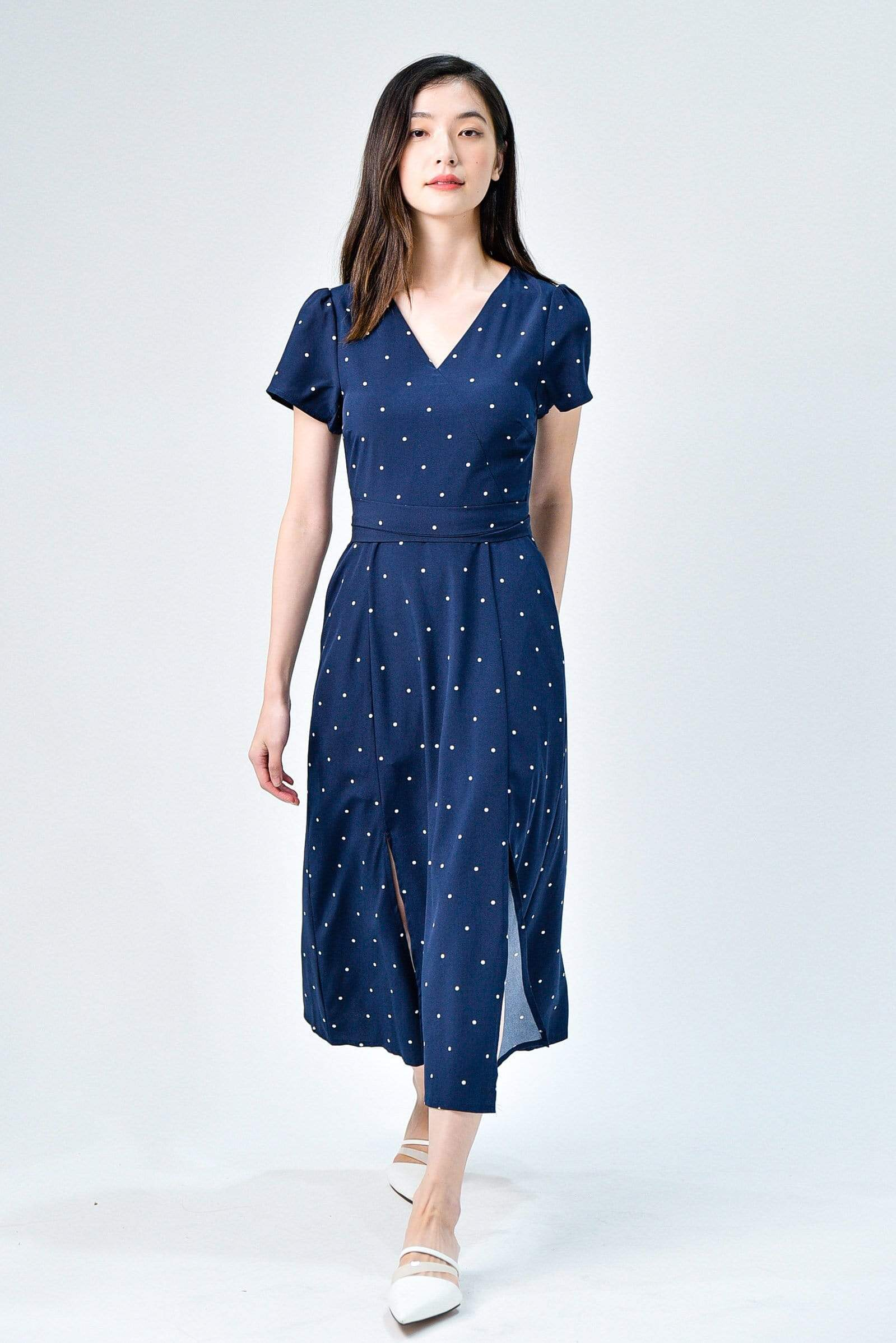 RUMI NAVY POLKA FRONT-SLITS SLEEVED DRESS