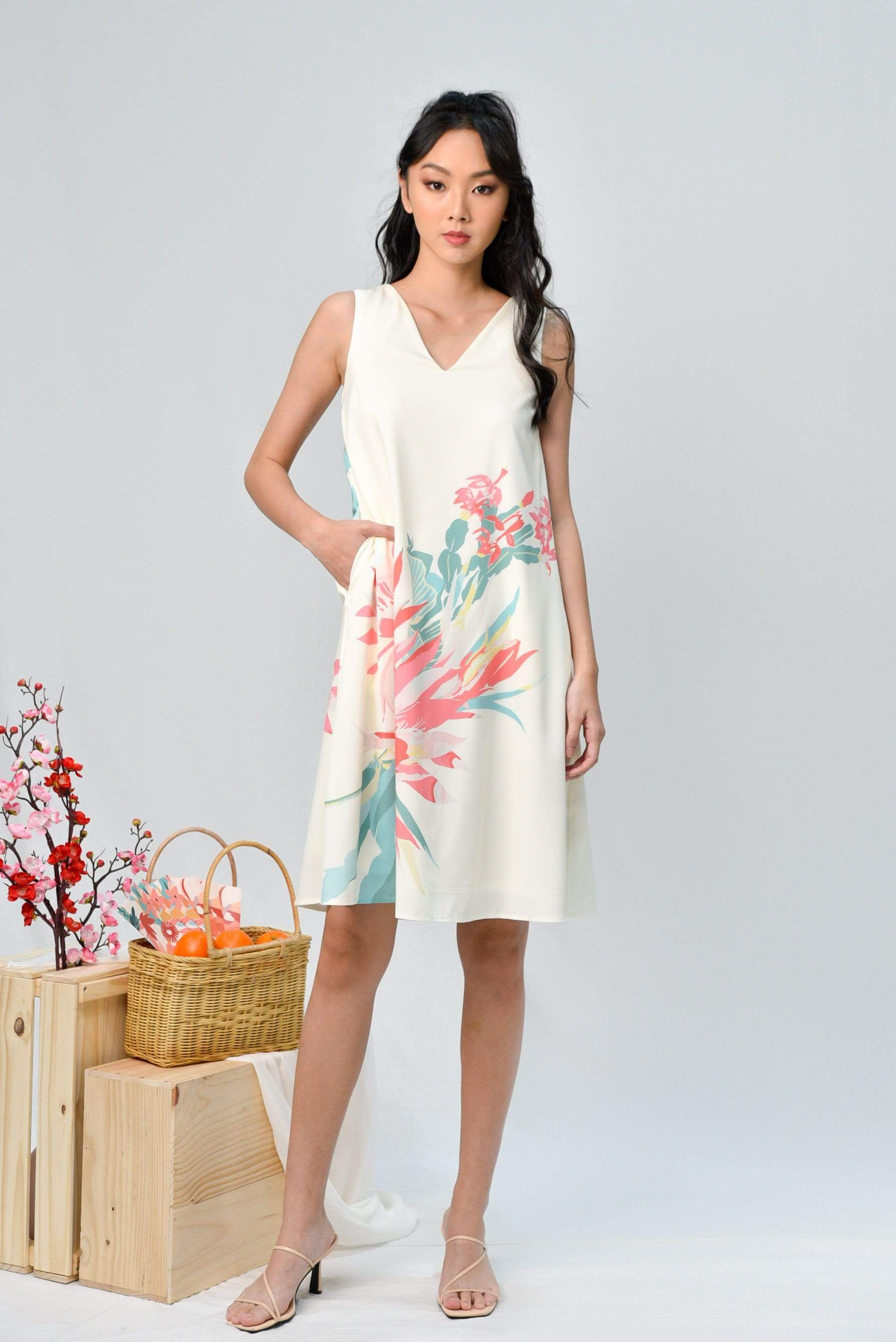 AWE Dresses SPRING TWO-WAY A-LINE DRESS IN CHAMPAGNE