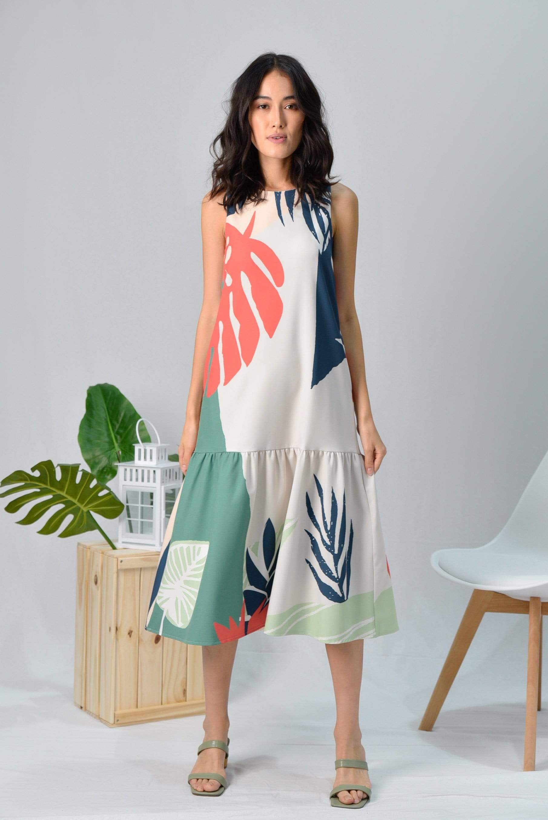 *BACKORDER* TROPICAL DROPWAIST MIDI DRESS IN MALDIVES