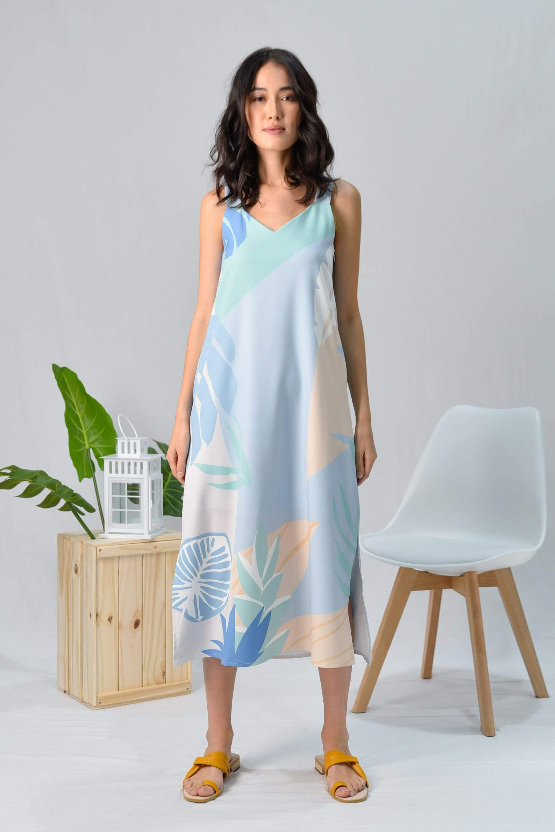 *RESTOCKED* TROPICAL TWO-WAY MIDI DRESS IN SANTORINI