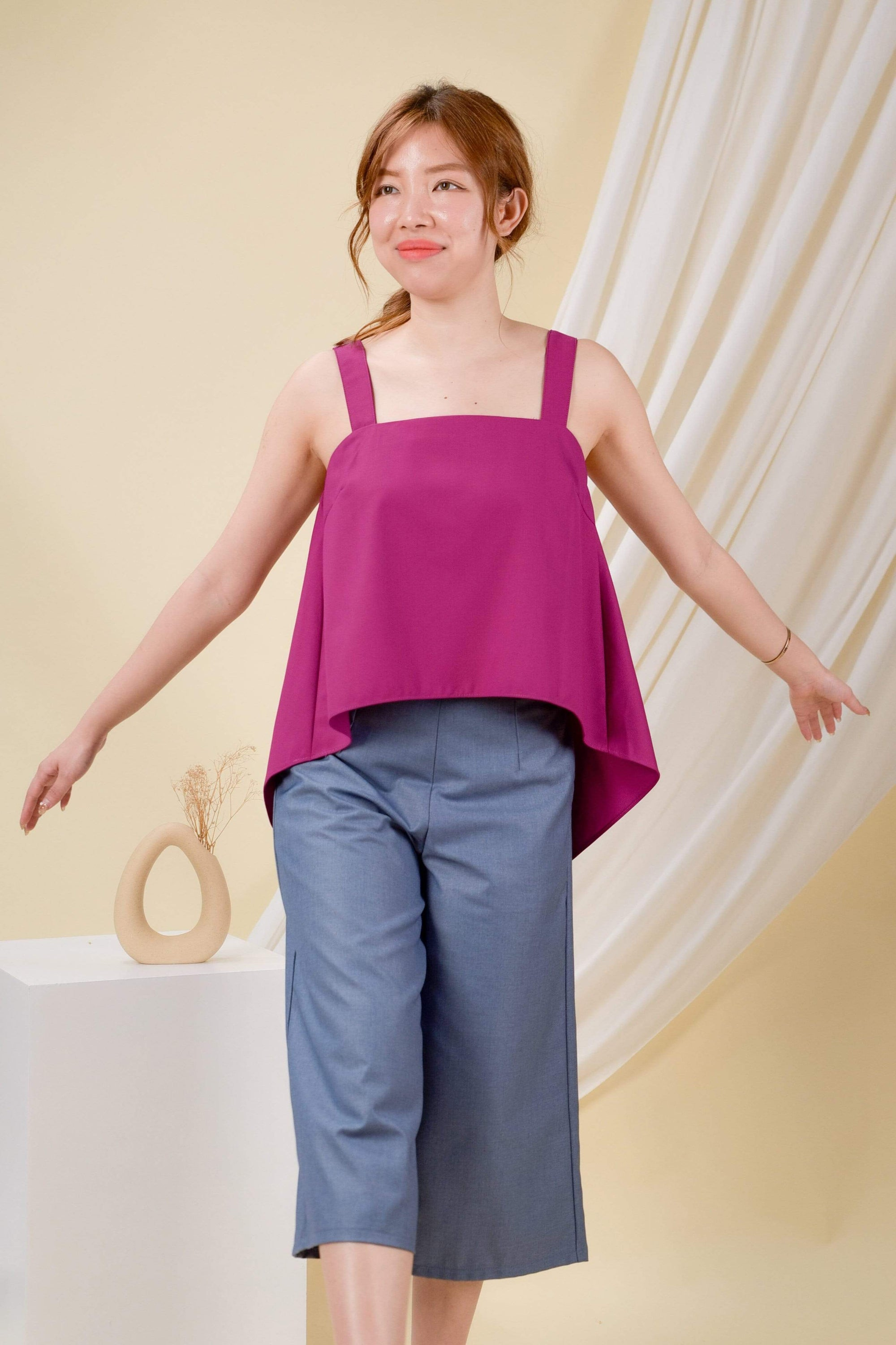 CLARA DIP-HEM TOP IN MAGENTA