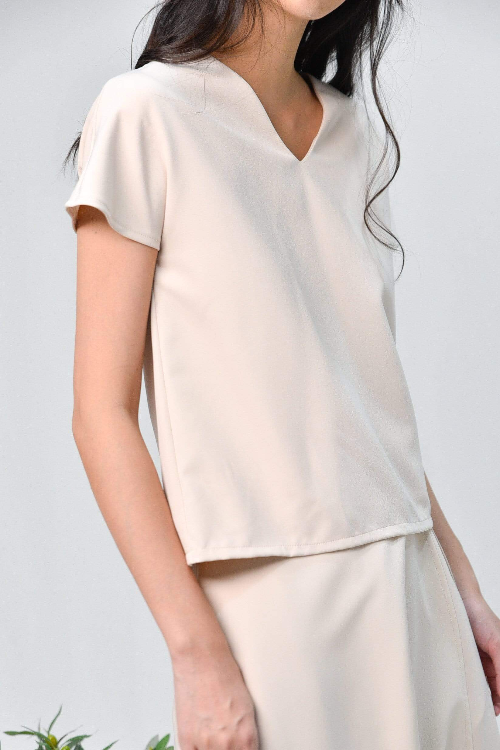 DELPHINE BEIGE V-NECK TOP