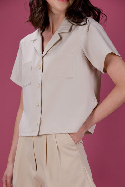 AWE Tops EVERYDAY CAMP COLLAR SHIRT IN SAND