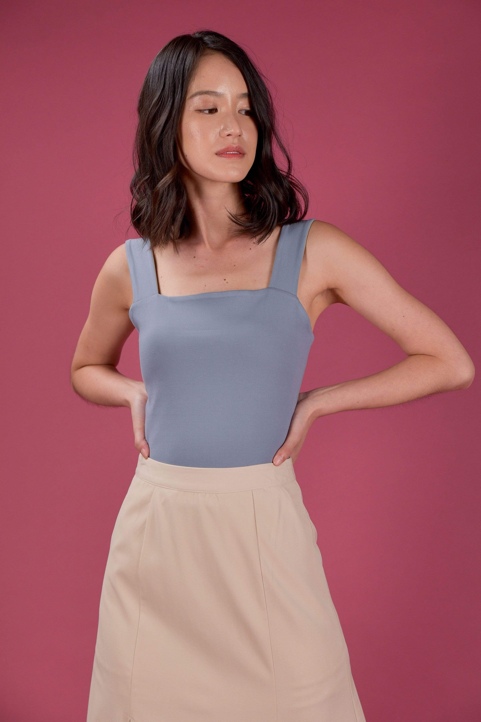 EVERYDAY REVERSIBLE TOP IN SAGE/BLUE (L/XL)