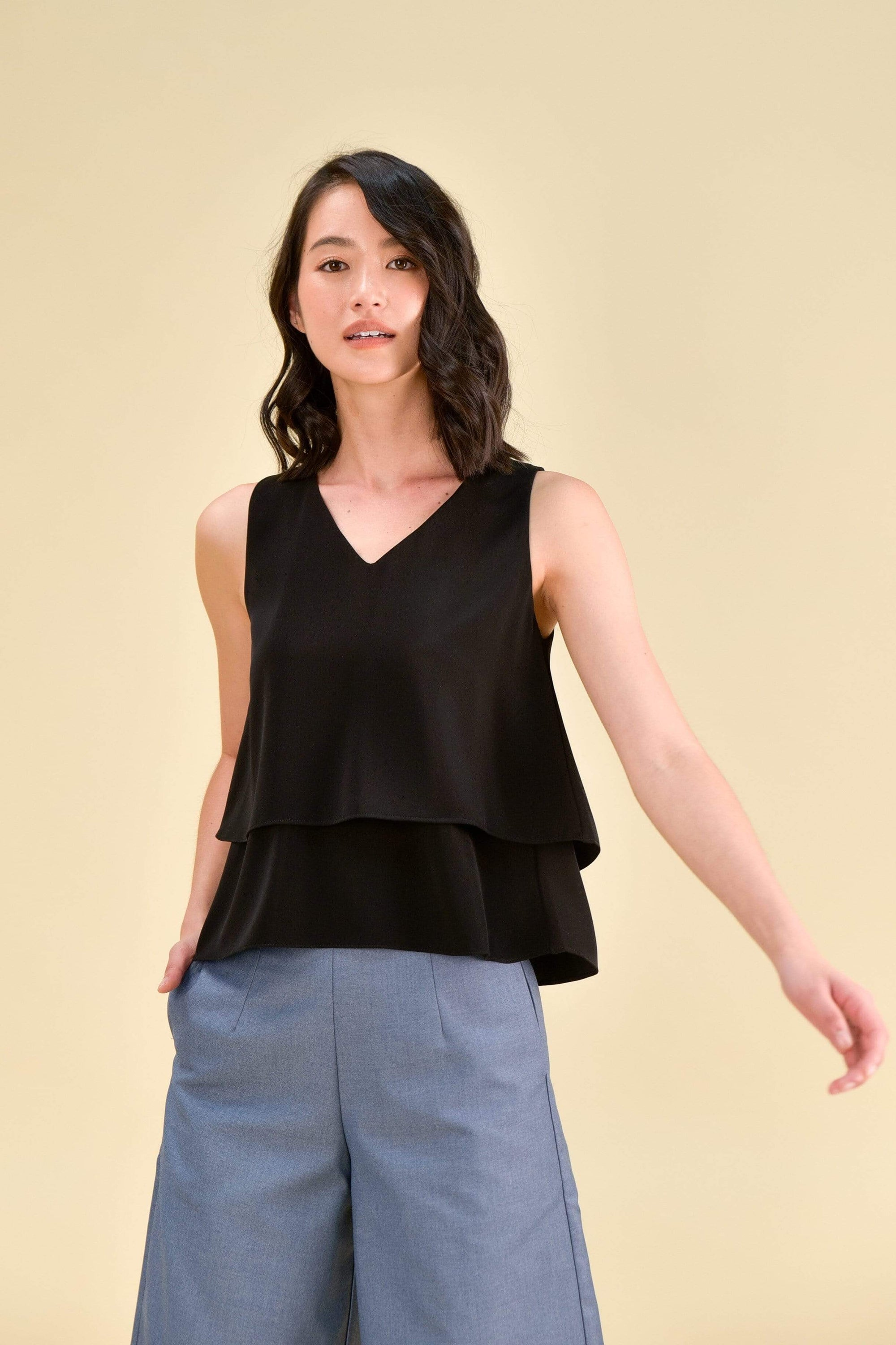 JANELLE TIERED TOP IN BLACK