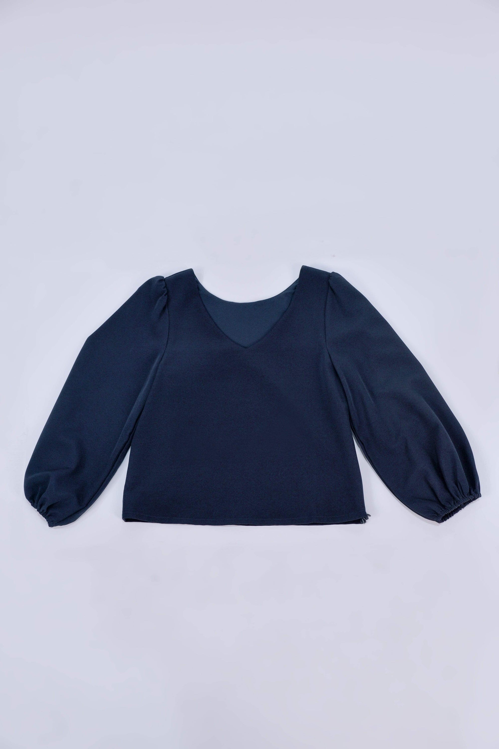 JANICKA TWO-WAY BALLOON SLEEVED TOP IN NAVY