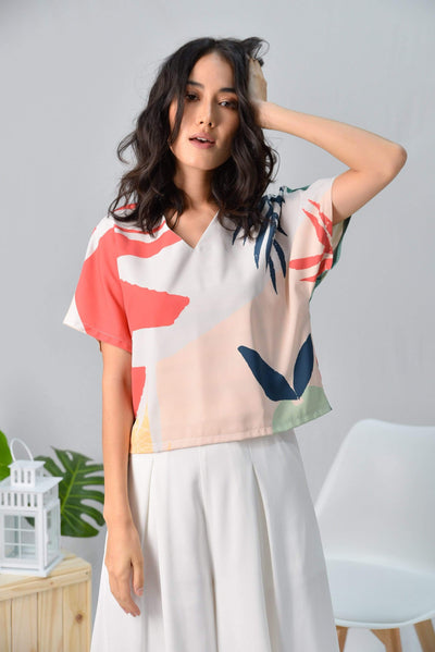 AWE Tops TROPICAL SLEEVED TOP IN MALDIVES