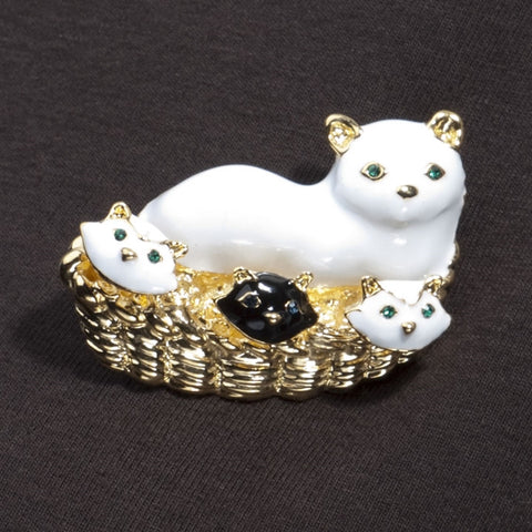 Mother Cat and Kittens Pin (NB)
