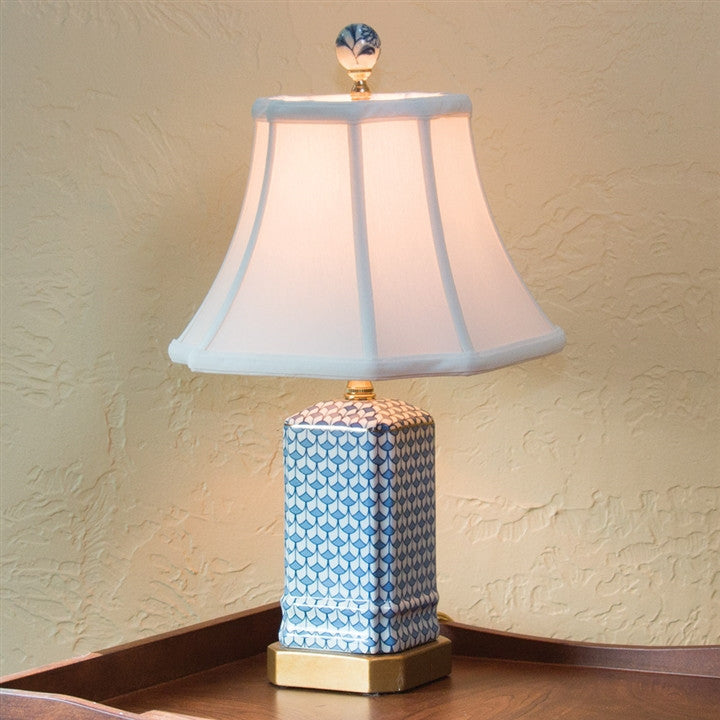 Blue Scalloped Design Table Lamp